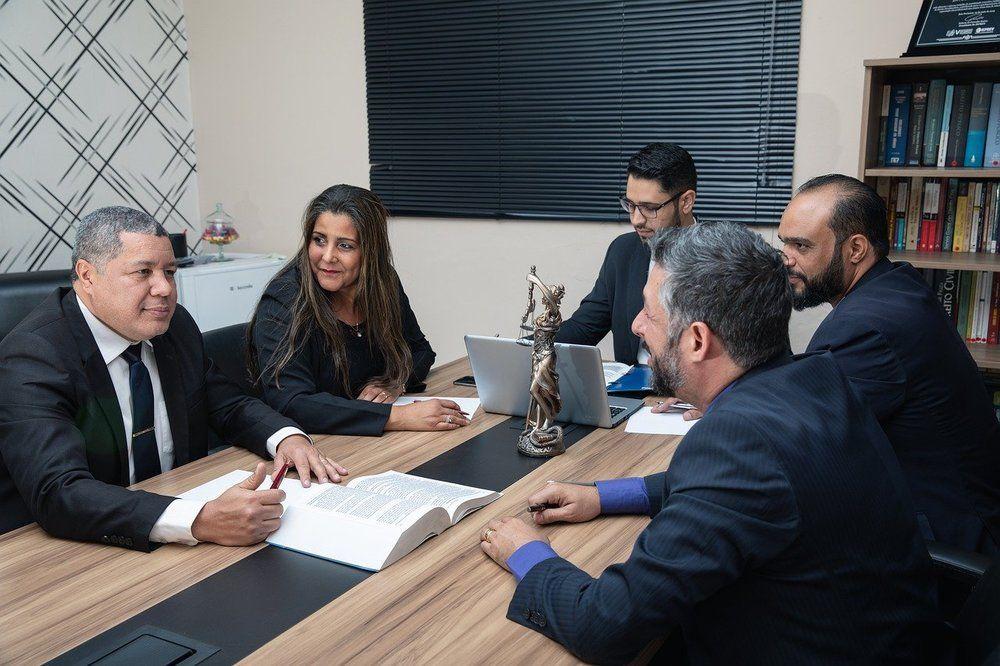Advokatbyrå med kunskap och engagemang